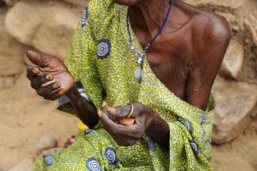 Anciana africana