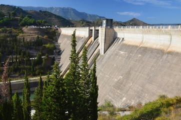 Dam of the artificial lake Panta de Siurana