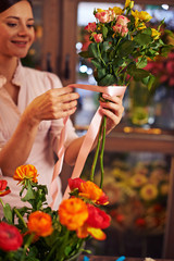 Making bouquet for sale