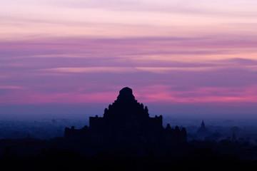 Dhammayangyi Pahto temple in Bagan, Myanmar