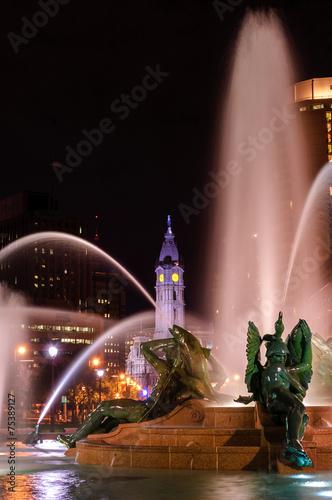 Fotobehang Fontaine Swann Memorial Fountain at night