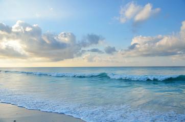 Индийский океан на рассвете