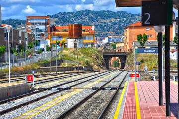 Estación ferroviaria de Plasencia, línea férrea, vías