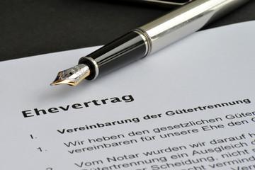 Ehevertrag, Unterschrift, Notar, Hochzeit, Gütertrennung