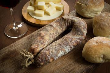 Salsiccia secca e altri prodotti italiani