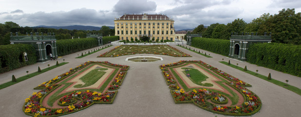 Vienna, AT - Aug 19, 2014: Schönbrunn Palace