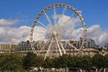Grande roue de Paris au jardin des Tuileries, France
