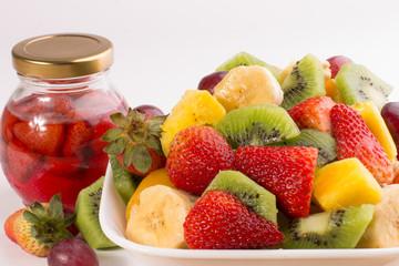 Ensalda de fruta y conserva