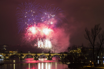 Prague 2015 New Year fireworks, Charles bridge and the river