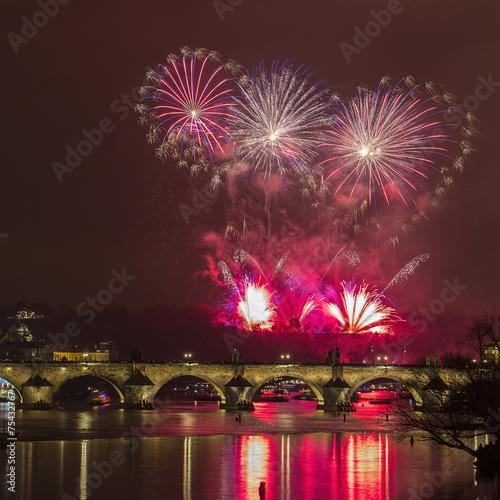 Staande foto Praag Prague 2015 New Year fireworks, Charles bridge and the river