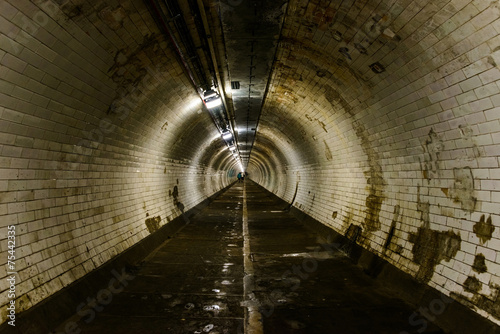 Papiers peints Tunnel Greenwich foot tunnel in London, UK