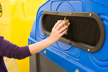 Throwing a paper recycling container