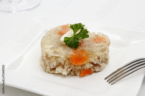 Deurstickers Klaar gerecht Aspic of chicken with carrots in form of heart