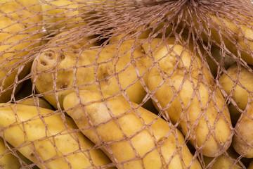 Kartoffel im Einkaufsnetz