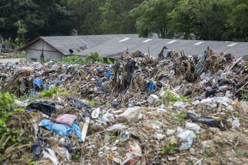 Müll-Landschaft