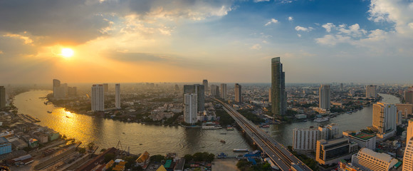 Sunset at Chao Phraya river curve