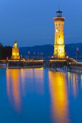 Leuchtturm im Hafen von Lindau am Bodensee