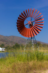 Red turbines for pump water and lagoon