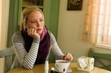 Frau hat Erkältung. Grippezeit