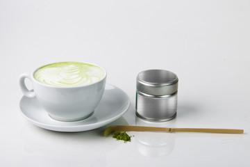 Matcha Tee in der Tasse