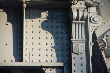 Lyon - Pont métallique gris