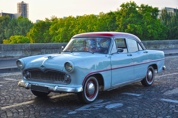 París, Francia, coche antiguo, automóviles clásicos