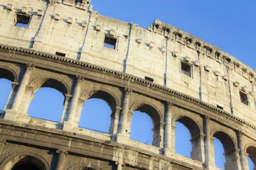 Lui, il Grandioso Colosseo