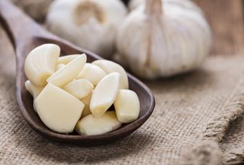 Portion of peeled Garlic