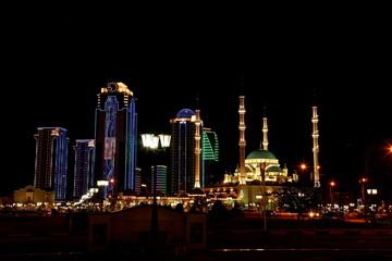 Сердце Чечни и Грозный-Сити ночное освещение