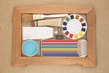 Art equipments