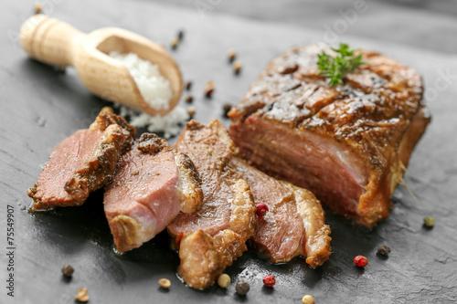Foto op Plexiglas Klaar gerecht magret de canard cuit 6