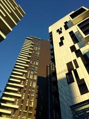 Nuovi grattacieli visti dal basso