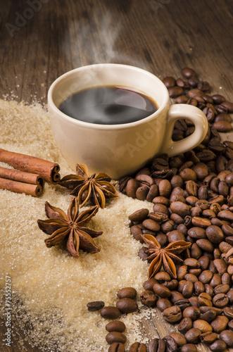 caffè caldo e aromi - 75552757