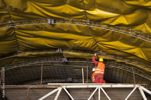 Aluminium Tunnel Mounting of insulation and steel framework on tunnel in Croatia