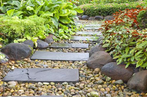 Stone walkway - 75572708