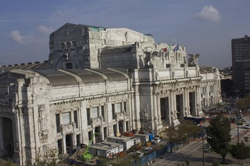 Overview of Milano Central Station building from the top
