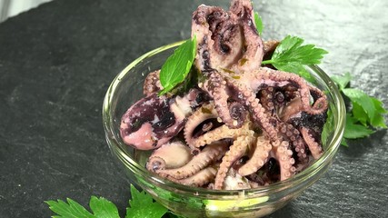 Seamless loopable Octopus Salad as detailed 4K UHD footage