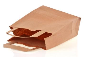 Sac en papier vide et renversé