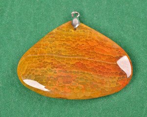 reticulated agate semi gem pendant crystals geological mineral