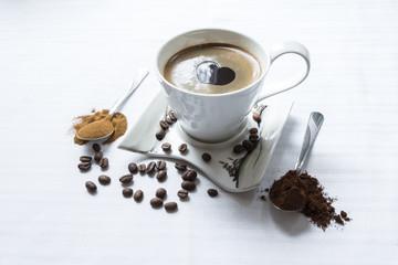 Kawa na białym tle