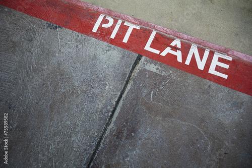 Foto op Aluminium Motorsport Rote Linie - Boxengasse