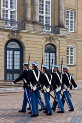 Wachablösung Schloss Amalienborg 4
