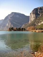 Castel Toblino e il suo lago