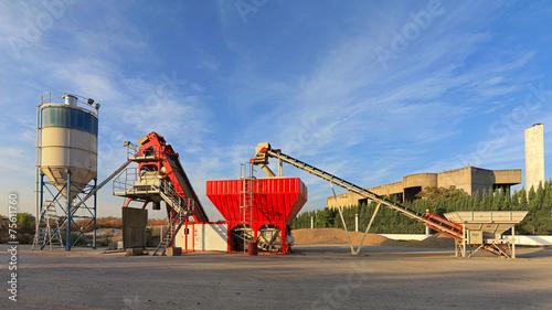 Concrete Plant - 75611760