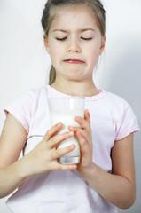 Mädchen mag keine Milch