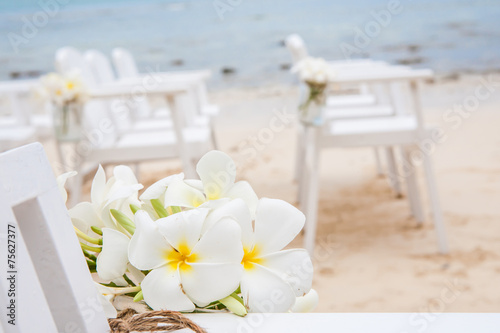 Tuinposter Frangipani Chair setting for Wedding