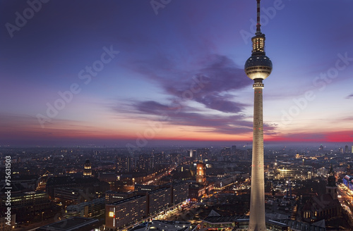 canvas print picture Fernsehturm Berlin am Alexanderplatz