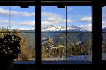 Trentino Dolomiti vista dalla finestra dell'albergo