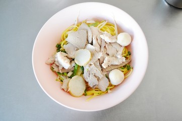 Thai pork noodles with fish ball
