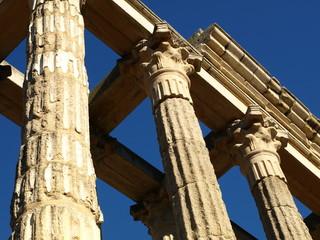 Templo romano de Diana en Mérida 12